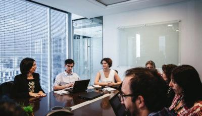Techo de Cristal: la barrera invisible que impide a las mujeres acceder a altos cargos