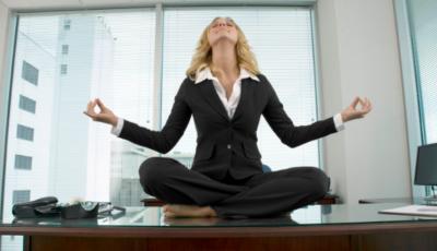 ¡Realiza esta Rutina de Ejercicios en tu Oficina y Libérate del Estrés!
