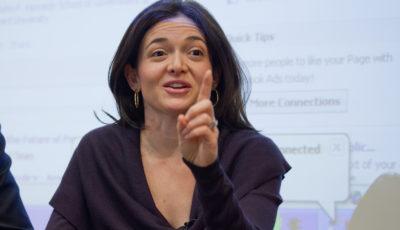 Por qué existen tan pocas mujeres líderes según Sheryl Sandberg